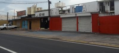Locales Comerciales en Avenida 16