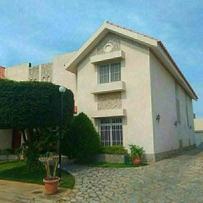 Vendo Hermoso TownHouse en Residencias Alablanca