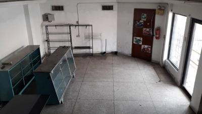 LOCAL COMERCIAL CON APARTAMENTO EN VENTA AV16
