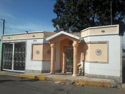 Hermosa casa en Urbanizacion Las Lomas