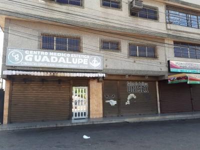 En venta Locales Comerciales (Clínica Estética)  Ubicado en C.2