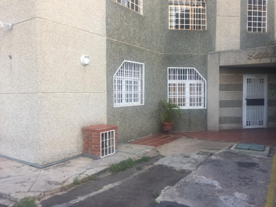 Lindo apartamento ubicado en cumbres de maracaibo