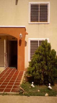 Bonita casa en Caminos de la Lagunita