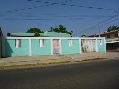 CASA/QUINTA SECTOR LOS  CLAVELES