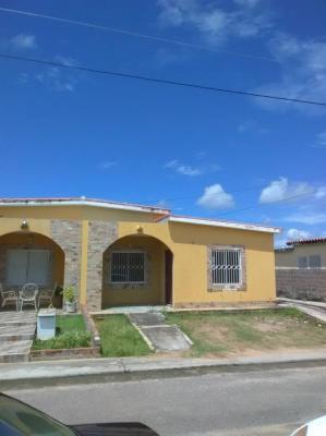 Town House en Villa del Rosario Urb El Portal