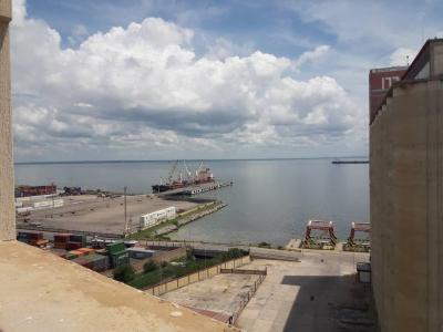 En Venta Hermoso Apartamento con vista al Lago de Maracaibo