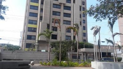 Vendo moderno apartamento en Bellas Artes