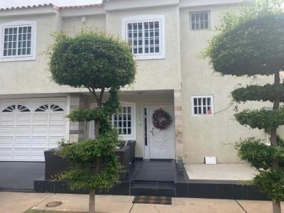 Casa En Alquiler Villa Palma Real En Zona Oeste