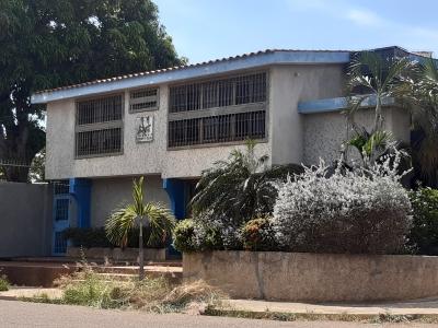 Alquiler De Oficina En Edif. Gesteca Sector Santa María