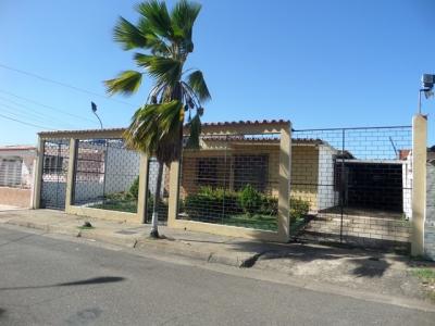 Vendo bella casa en la Urbanización Moreno de Mendoza en San Félix