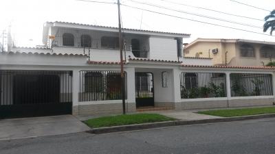 Hermosa y Elegante Casa en Venta