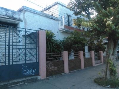 Vendo casa con excelente ubicacion para desarrollo comercial en la Av. 20 entre calles 12 y 13