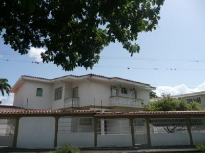 Bella casa en Urbanización Barici, Barquisimeto, Estado Lara