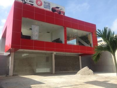 Local Comercial en Urbanización El Parral