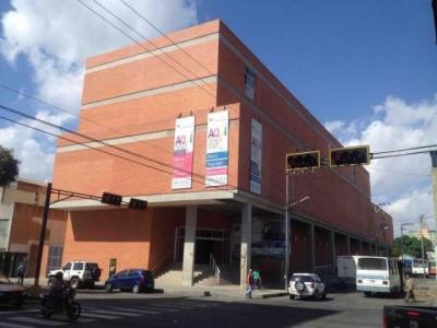Merpolara es un centro de compras con de más de 65 mini tiendas