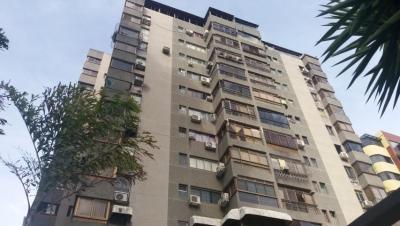 Hermoso, amplio y cómodo Apartamento Amoblado