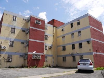 Apartamento En Venta Barquisimeto 18-10961