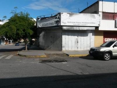 Local Comercial AV. 20