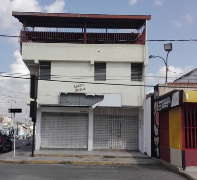 LOCAL EN ALQUILER OESTE ZONA COMERCIAL