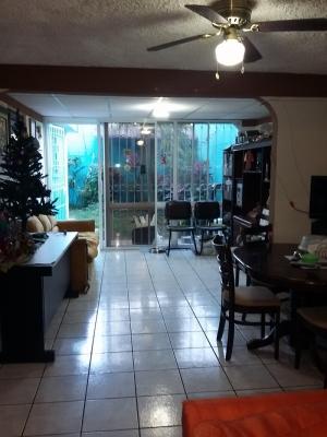 Vendo casa zona Quinta Pasadena cerca de 25 calle pte., Santa Ana