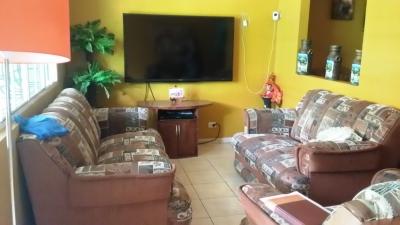 Vendo bonita casa Resid. Villa Celeste accesible salida Metapan