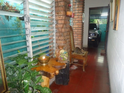 CityMax Vende Casa a una cuadra de Plaza Merliot de 1 Nivel