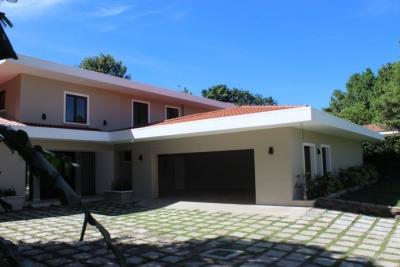 CityMax Alquila  Exclusiva casa en Las Piletas Remodelada