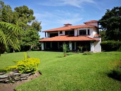 ALQUILO CASA RESIDENCIAL PALMIRA, PRIVADO, 2 PLANTAS