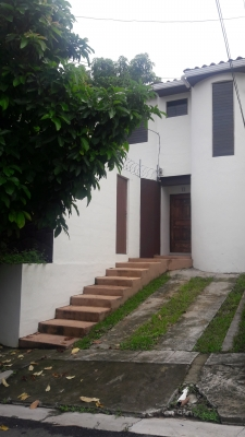 Acogedora casa en venta en Residencial Altos de San Carlos en Lomas de San Francisco 3
