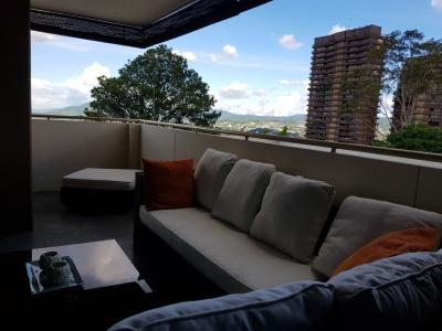 GANGA!!! VENDO APARTAMENTO TORRE LAS VISTAS, COLONIA ESCALON, FULL-AMUEBLADO, PRIVADO, tiene 211 mts2 de construccion, sala, comedor, cocina con granito, terraza, area de
