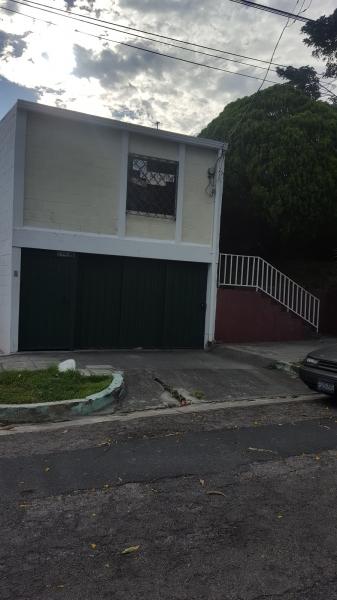 Alquilo Apartamento en Colonia Lisboa, Zona boluvar constitucion