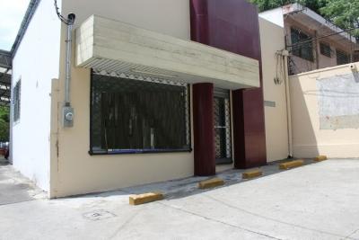 CityMax Alquila Local  cercano a la UCA Antiguo Cuscatlán