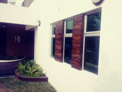 CityMax Alquila oficina Ubicada en Zona de La Escalon