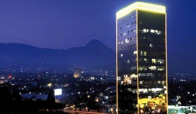 CityMax Alquilo nivel completo de oficinas Torre Cuscatlán