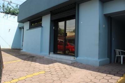Oficina en alquiler Colonia Escalón