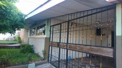 Casa de un nivel en venta en Colonia Miramonte