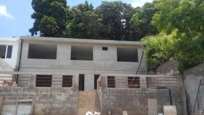 Moderna casa en venta a estrenar en Loma Linda