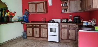 CityMax Vende Acogedora casa  en Colonia Santa Úrsula