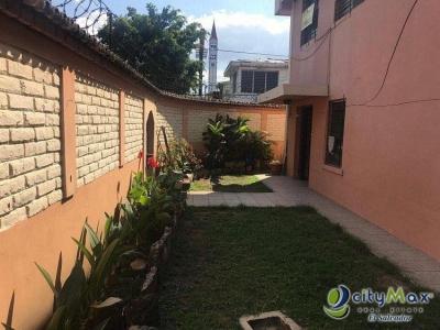 Se vende Casa GRANDE en Colonia Layco