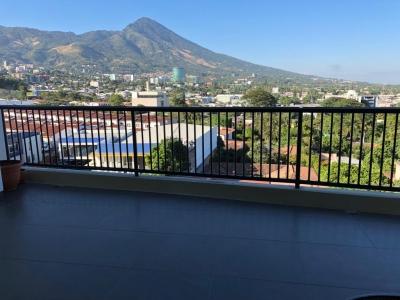 ALQUILO APARTAMENTO TORRE ALISIOS SAN BENITO, FULL-AMUEBLADO, DE LUJO, terraza, 2 habitaciones, principal con baño y Walk in Closet, Baño SOCIAL, Sala, Comedor, Cocina, A