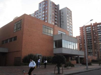 GILMAR, arriendo apartamento exterior, 116 m2.