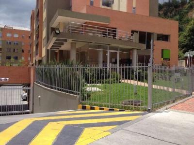 Bosque Arroyo, vendo apartamento, calle 175, cra. 7, estudio y balcón.