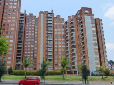 Espacioso apartamento esquinero de 148 m2.