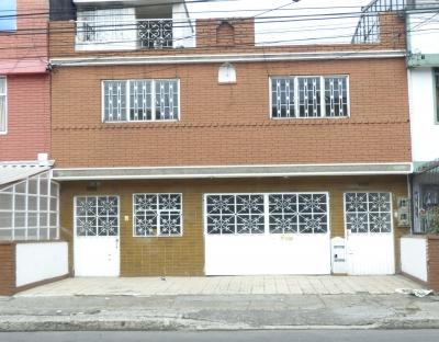 Oportunidad, Vendo; Casa De Dos Pisos, Bogotá Santa Helenita