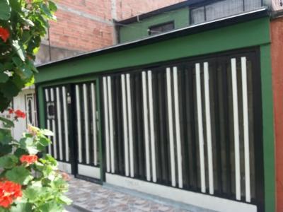 venta Casa Bogotá, 2 pisos