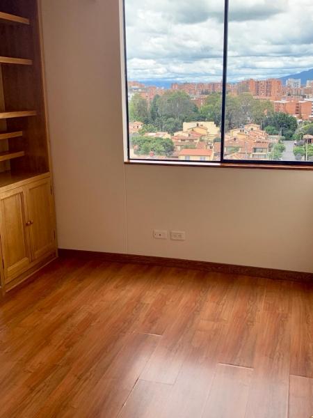 Hermoso apartamento en Colina Campestre!!