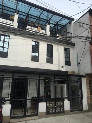 casa multifamiliar con 11 apartamentos independientes