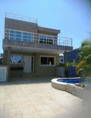 Se vende casa en el Complejo Turístico El Morro