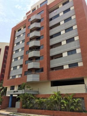 Apartamento en Edificio Plaza Mar