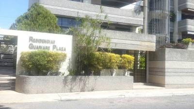 Conjunto Residencial Guarare Plaza